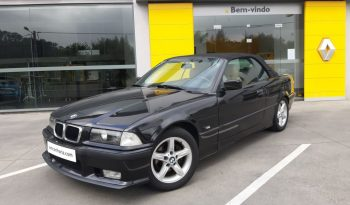 BMW Série 3 318 Cabrio de 1996 a gasolina com 168.398 km com 115cv. Ar condicionado automático. Caixa manual. Possibilidade de financiamento.
