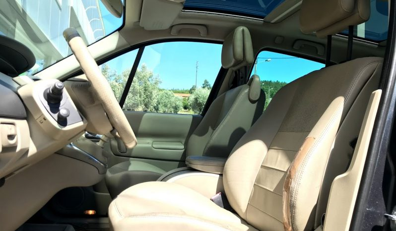 RENAULT Scenic 1.5 dCi Luxe completo
